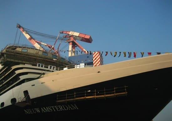 Friday is Nieuw Amsterdam's Float Out!