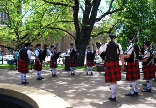 Irish band playing in Franklin Square.