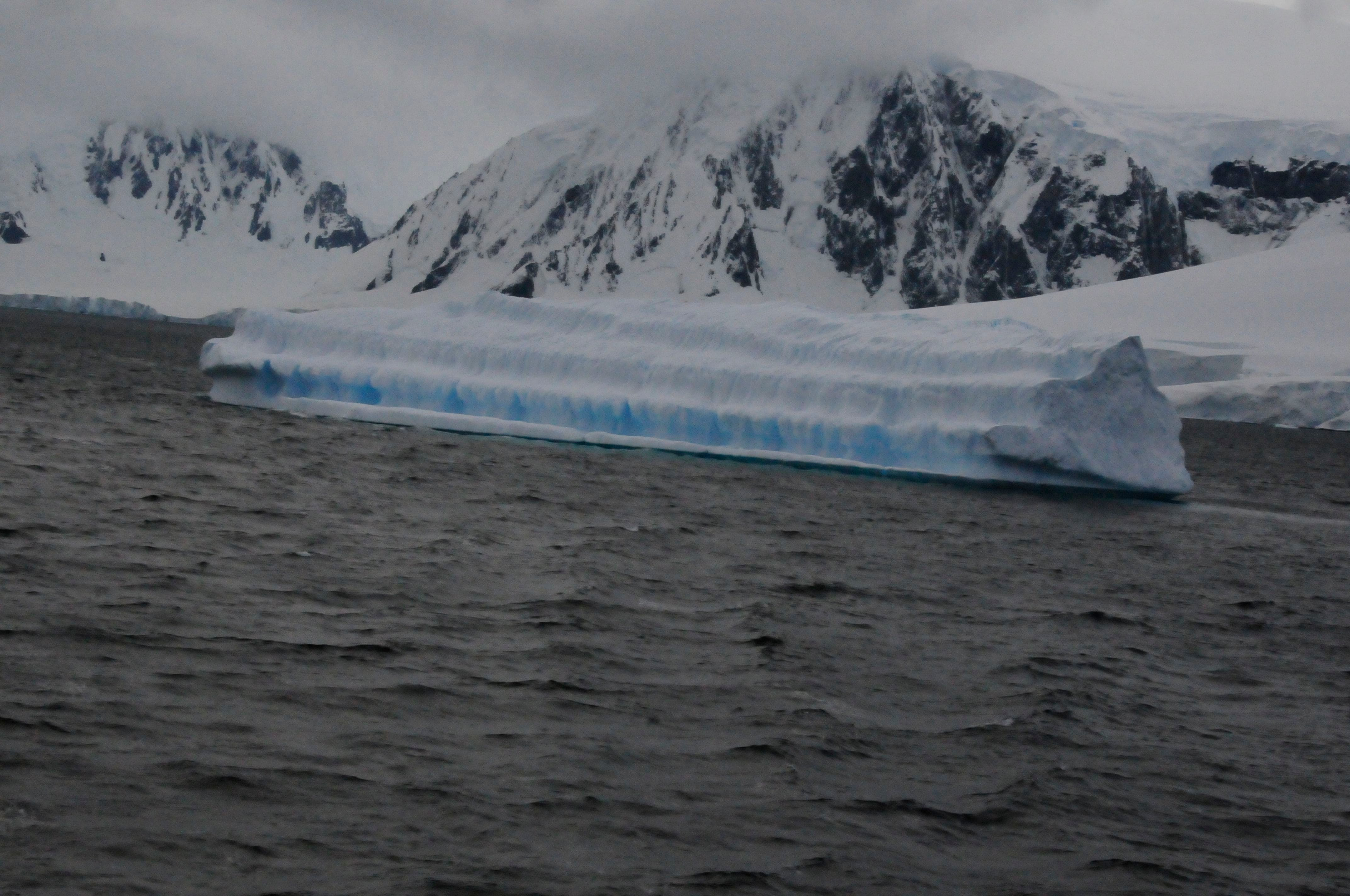 bergs-as-big-as-the-ship