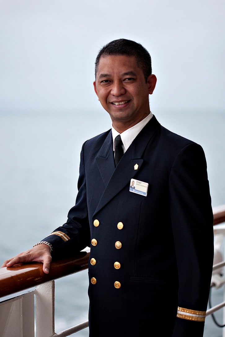 In The Spotlight Johny Frederix Dining Room Manager Holland - Dining room manager