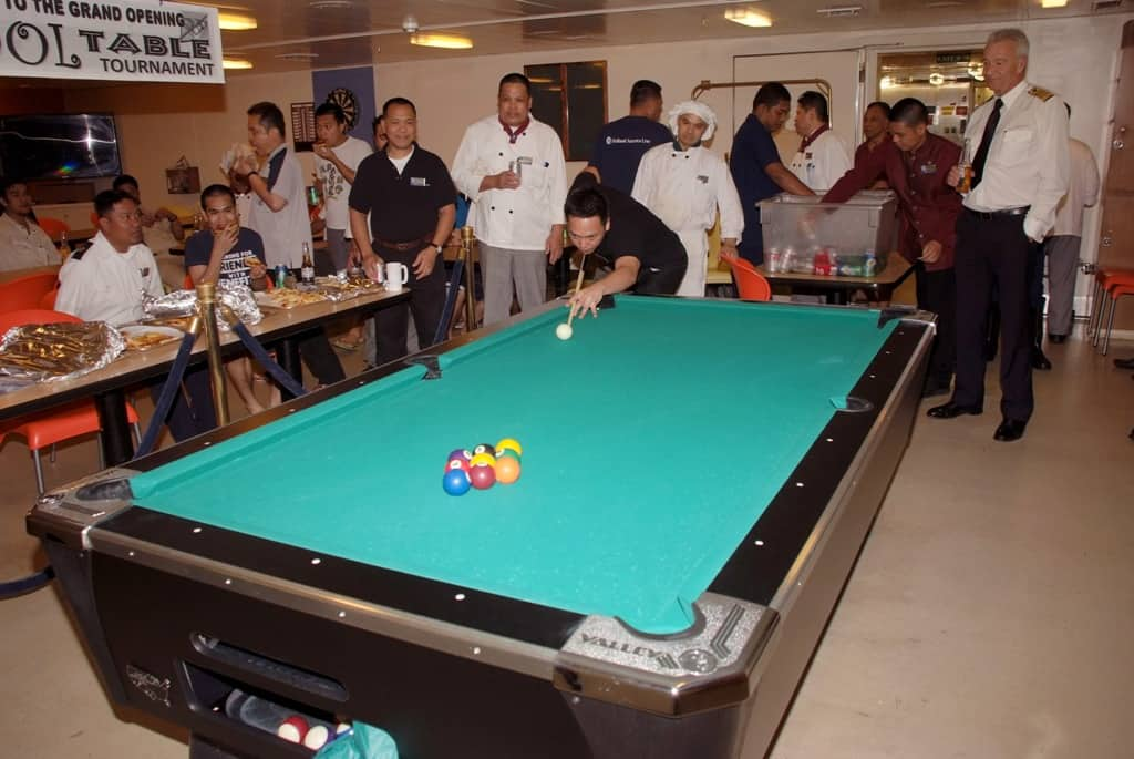 Amsterdam Crew Unveil New Pool Table For Opening Tournament - Huge pool table