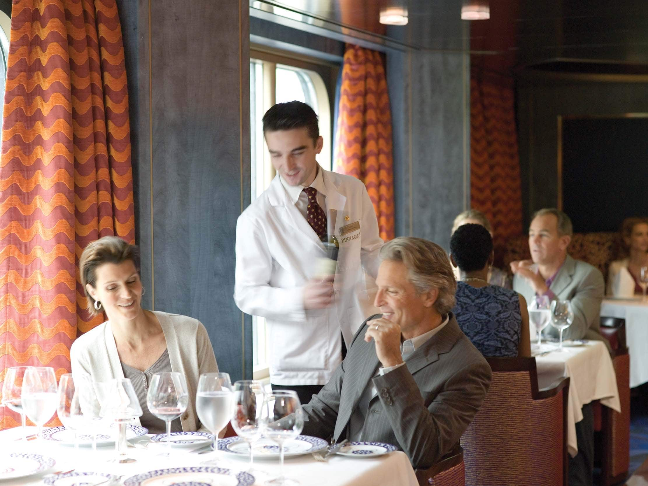 「dining holland america」的圖片搜尋結果