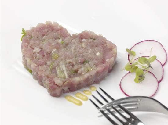 ... : 'Heart' of Tuna Tartare with Curry Mayonnaise and Pink Radish