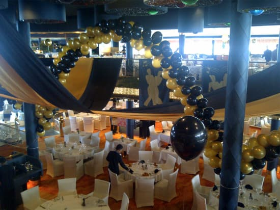 black and gold dinner