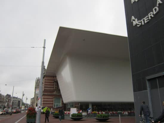"The ""bathtub roof"" of the Stedelijk Museum"