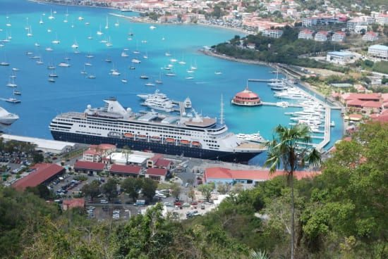 Maasdam alongside at St. Maarten.