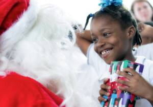 Noordam brought Christmas to the kids of Curacao in partnership with the FCCA.