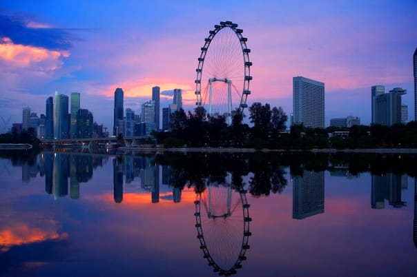 Catch the sunset at Singapore.