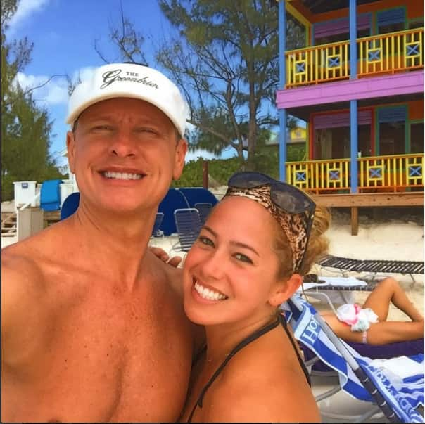@CarsonKressley uploaded this photo from Half Moon Cay with fellow DWTS at Sea alum @sabrinahinojos.