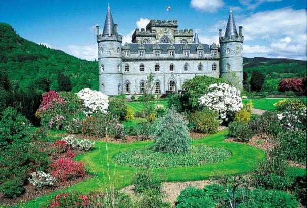 Inverary Castle and its grounds look like something out of a fairytale.