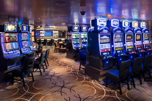 Gamers will enjoy the lively Casino.