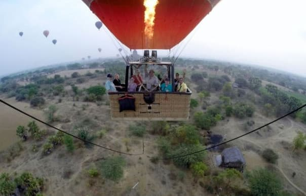 Jeff and his group once again took to the skies in a hot air balloon over Bagan.