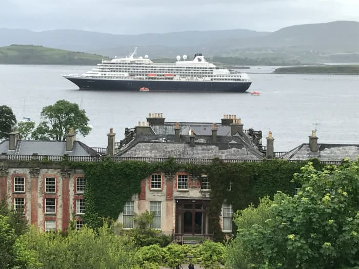Prinsendam at Bantry