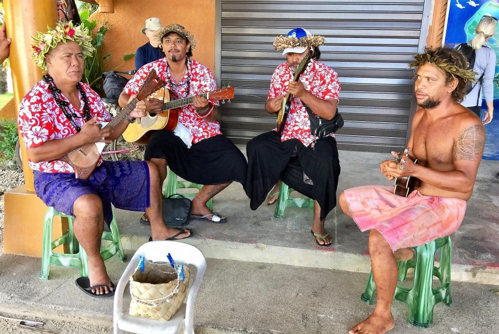 Bora Bora folk group offering welcome music