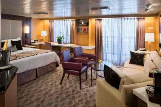 Neptune Suite with king bed configuration