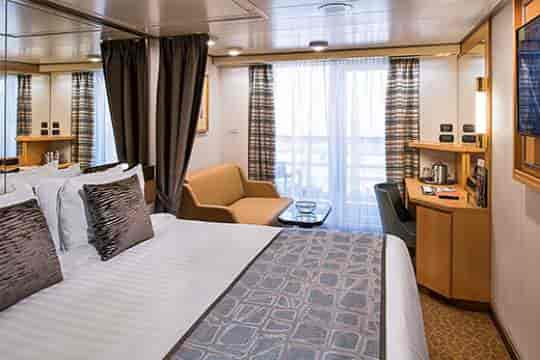 Verandah stateroom, queen bed configuration (lower resolution)