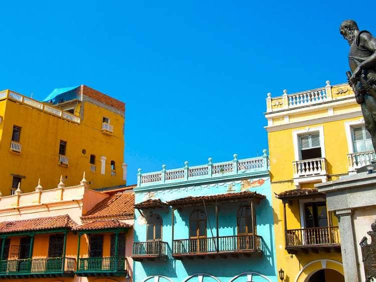 A picture of colorful buildings in Cartagena, Columbia on a Panama Canal cruise